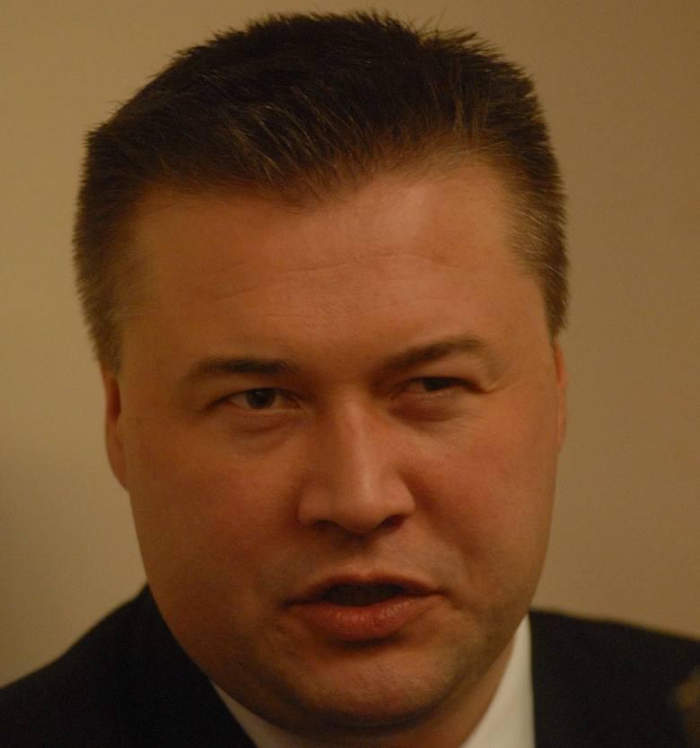 Oficer łącznikowy policji polskiej, podinspektor Robert Barański mówił między innymi o tym, jak obecnie wygląda współpraca policji polskiej i niemie