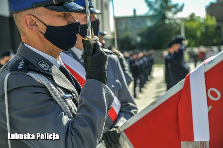 Policja oferuje dobre zarobki