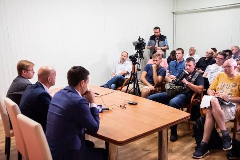 – Nie lubię jednak być na świeczniku, dlatego nie zamierzam być prezesem sekcji piłkarskiej – mówi nowy właściciel Warta Poznań SA