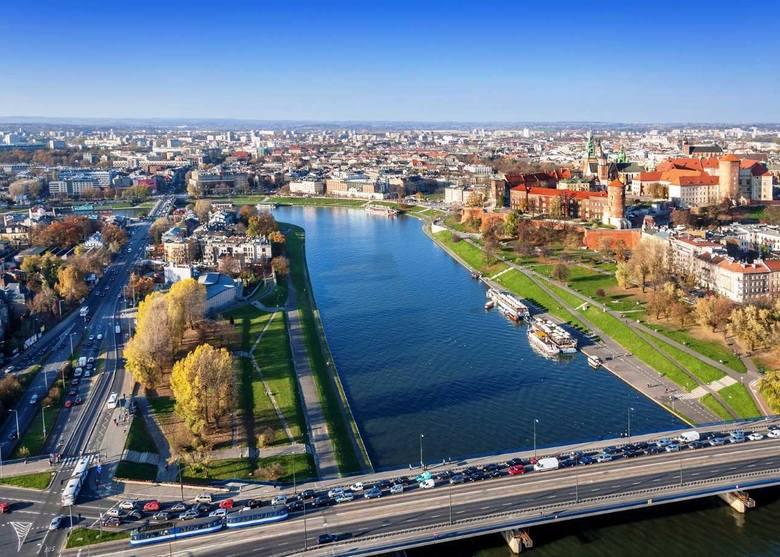Powstające w Krakowie biurowce są w większości dobrze wkomponowane w przestrzeń miasta