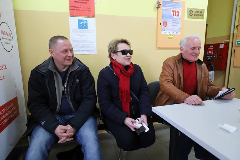 Kiedy składałam wniosek o paszport czekałam ponad cztery godziny  - mówiła Małgorzata Falkowska.