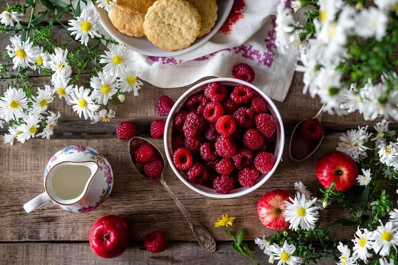 Jak się przyzwyczaić do śniadania? Zobacz 5 zdrowych zasad