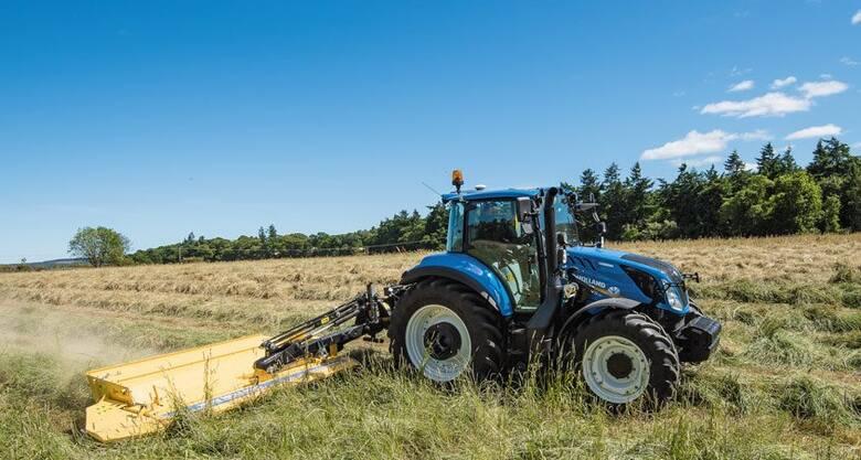 New Holland ciągle jest na czele zestawienia najlepiej sprzedających się ciągników rolniczych w Polsce. W maju zostało zarejestrowanych 226 niebieskich
