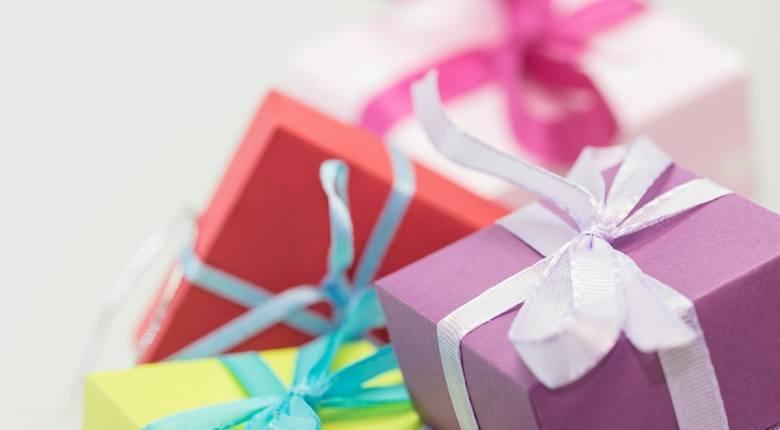 Wierszyki na Boże Narodzenie. Życzenia SMS na Boże Narodzenie i Nowy Rok. Kartki bożonarodzeniowe, kartki świąteczne. 25 grudnia