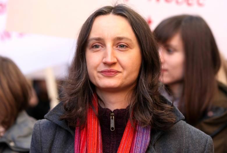 """Marta Abramowicz, autorka książki """"Dzieci księży. Nasza wspólna tajemnica"""": Trzeba przerwać krąg milczenia [ROZMOWA]"""