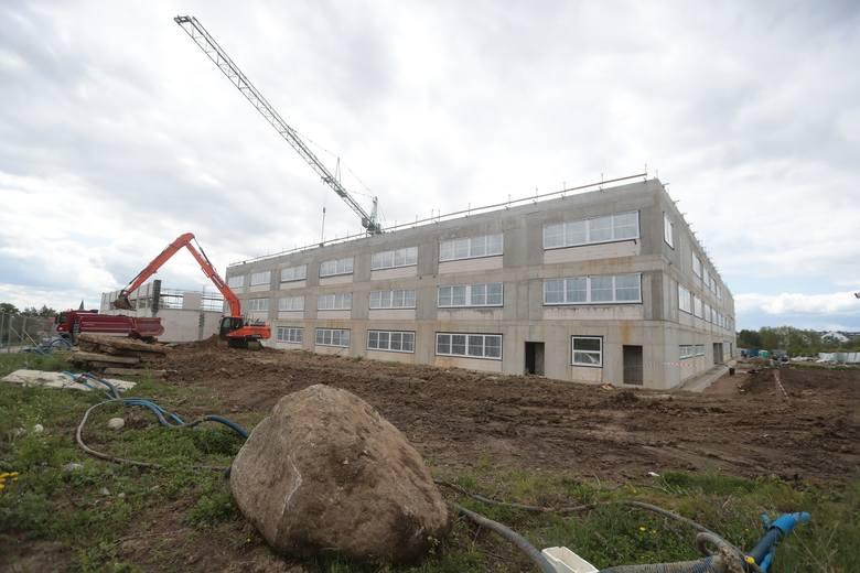 Szkoła na Warszewie - maj 2020.