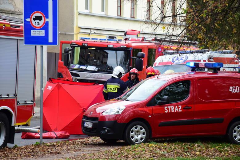 W poniedziałkowym pożarze kamienicy w Inowrocławiu zginęła 31-letnia Monika i jej trzy córki: trzymiesięczna Lena, czteroletnia Zuzia i pięcioletnia