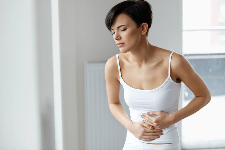 Ból żołądka jest mało komfortową dolegliwością, której w ciągu życia każdy z nas doświadcza minimum raz. Każdorazowe zażywanie leków przeciwbólowych