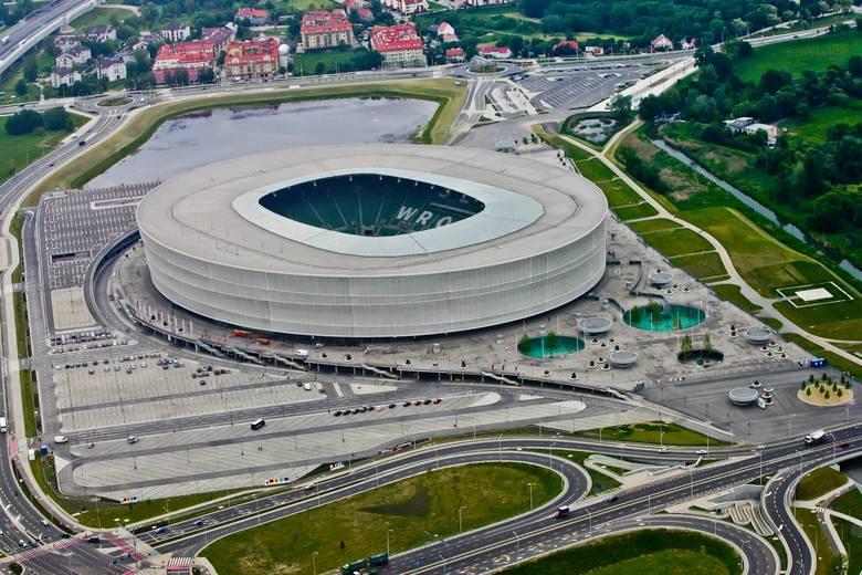 Przebudowa na Stadionie Wrocław. Mają tam powstać biura