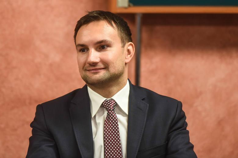 To, że kilku polityków PO jest sfrustrowana tym, że Poznaniem nie rządzi Ryszard Grobelny, to problem tych osób - mówi Tomasz Lewandowski
