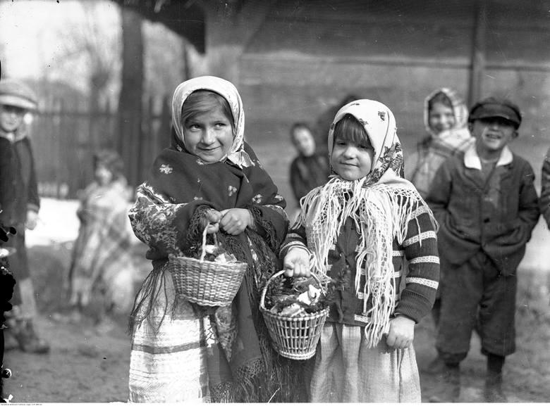 Z powodu pandemii koronawirusa tegoroczne święta Wielkiej Nocy będą zupełnie inne. Duchowni zaznaczają, że Wielkanoc godnie można przeżyć również w domu.