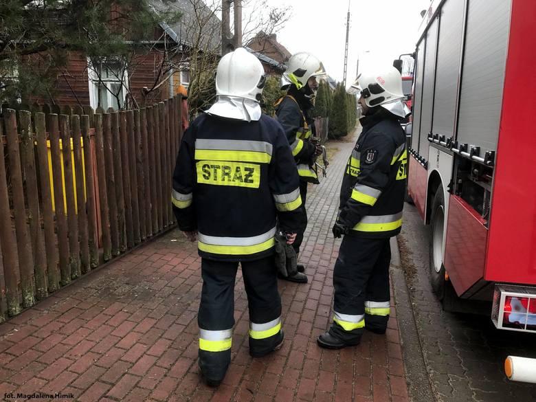 Do pożaru domu przy ul. Świerkowej wysłano dwa zastępy OSP Supraśl oraz dwa zastępy JRG 2 Białystok.