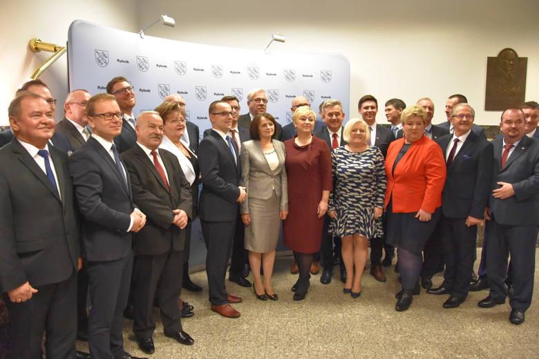 Pierwsza sesja Rady Miasta Rybnika 2018. Piotr Kuczera został zaprzysiężony na prezydenta ZDJĘCIA