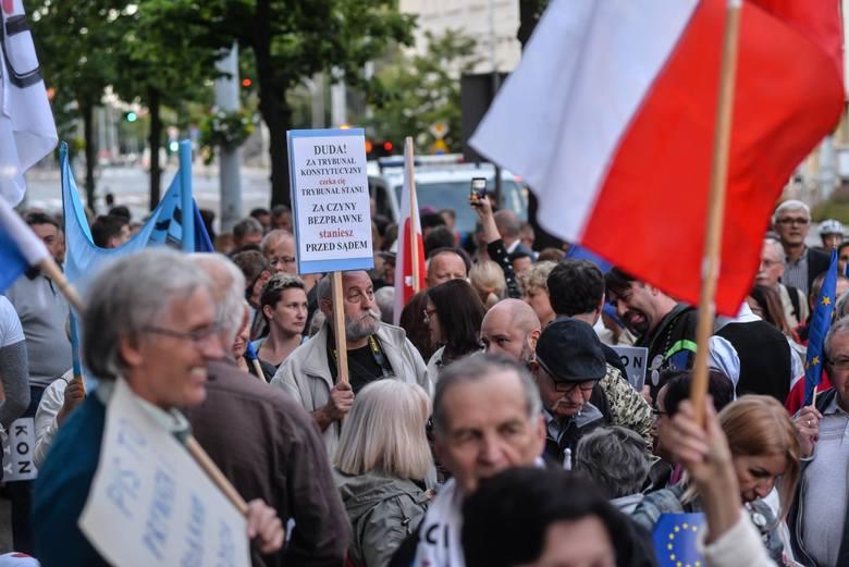 Demonstracja pod gdańskim sądem