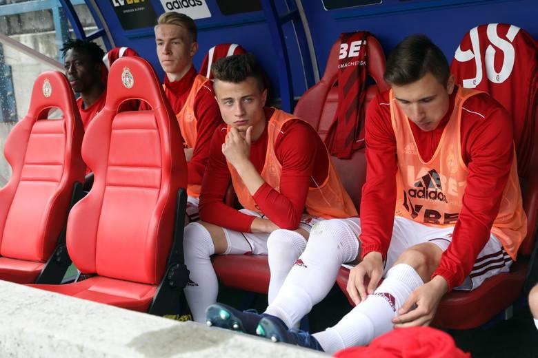 Daniel Morys19-letni piłkarz został sprzedany do Garbarni Kraków, ale - co ciekawe - Wisła zapewniła sobie prawo pierwokupu pomocnika z zespołu II-l