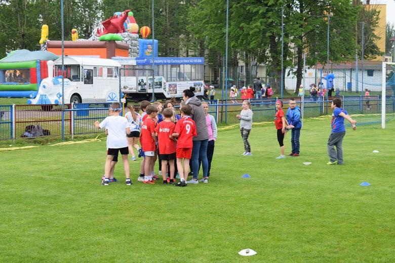 Od piątku 31 maja do soboty 1 czerwca na terenie usteckiego Ośrodka Sportu i Rekreacji trwały obchody Dnia Dziecka. Były gry i zabawy oraz konkursy z