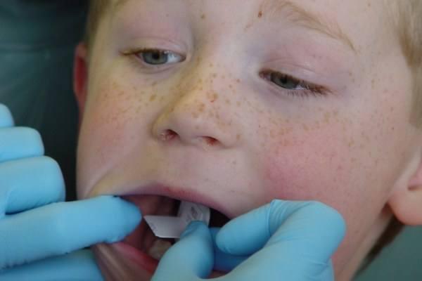Maluch u dentysty nie musi się bać