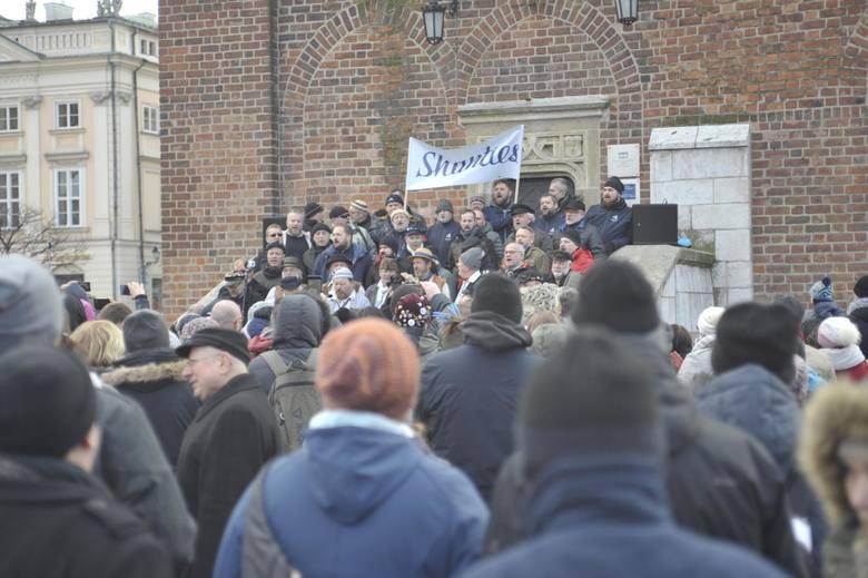 Kraków. Shanties 2020: Znów wielka szantowa zabawa w krakowskim porcie. W czwartek rozpoczyna się festiwal piosenki żeglarskiej