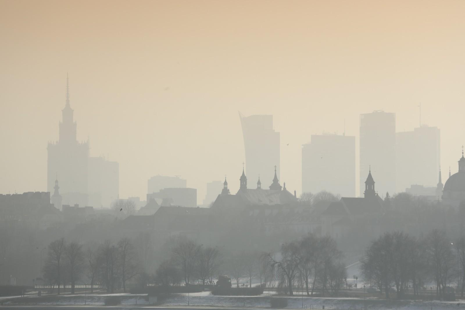 smog mapa zanieczyszczenie powietrza warszawa krak w l sk jako powietrza wci. Black Bedroom Furniture Sets. Home Design Ideas