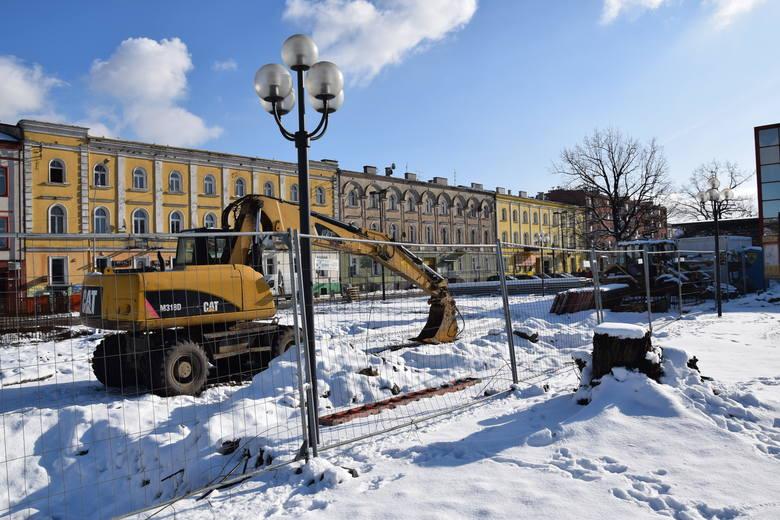 Wznawiają budowę centrum przesiadkowego, zamkną ulicę Piłsudskiego