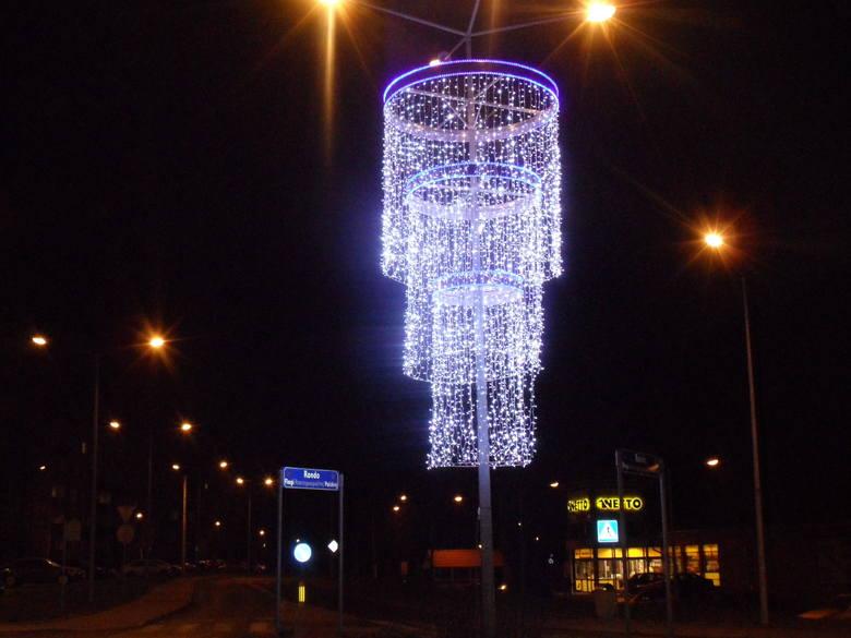 Nowe Dekoracje świąteczne W Myszkowie Zdjęcia