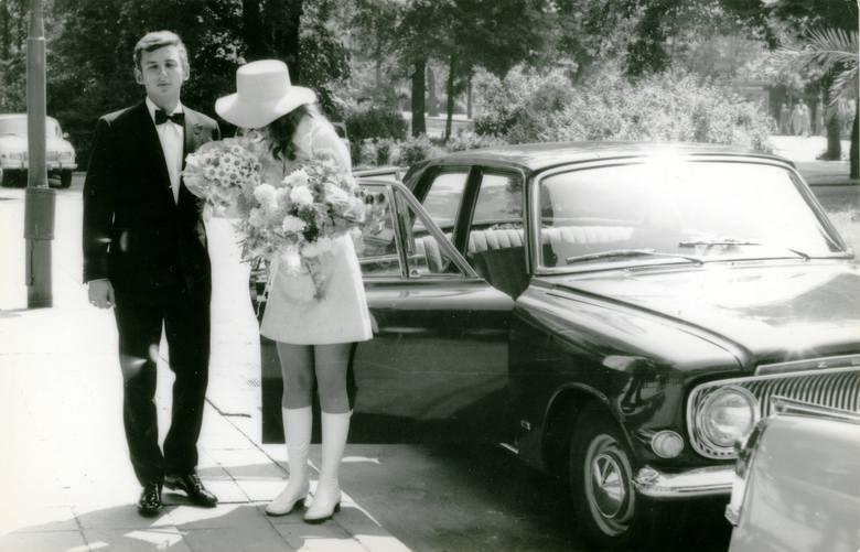 Rok 1970. Zephyr jako ślubna kareta. Panną młodą jest kuzynka Kamińskich