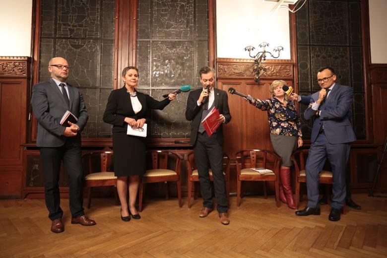 Burzliwe spotkanie  prezydenta Biedronia ze słupszczanami