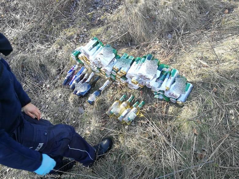 Wynieśli ze sklepu w Tuszynie 165 butelek i puszek z alkoholem