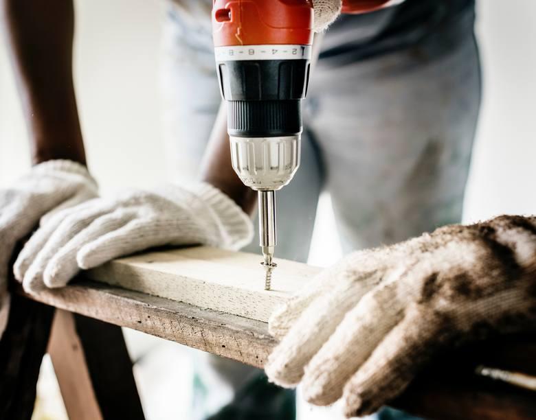 Praca dodatkowa w czasach pandemii - branża budowlana