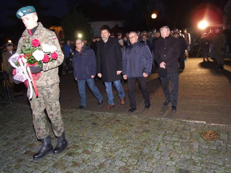 Przy Grobie Nieznanego Żołnierza odbyły się uroczystości z okazji 100. rocznicy wkroczenia do Chełmna wojsk gen. Józefa Hallera. Wystawiony był posterunek