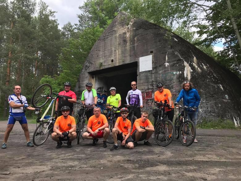 Wycieczka rowerzystów z Pabianic do Inowłodza ZDJĘCIA