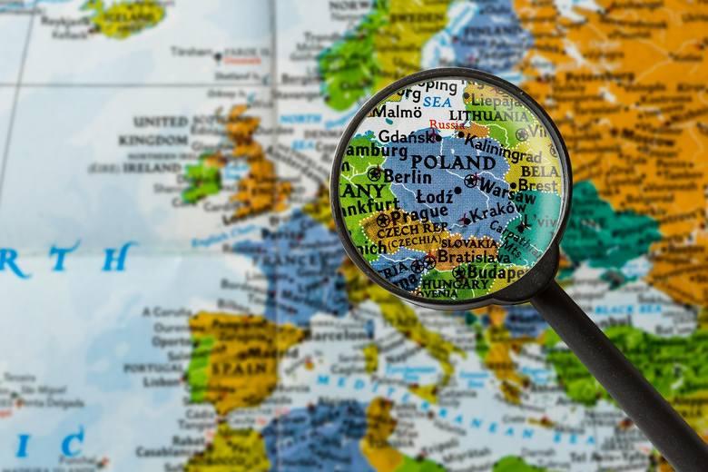 """Pierwszy przypadek koronawirusa w Polsce potwierdzono 4 marca. Pacjenta """"0"""" hospitalizowano w Zielonej Górze.Do 11 marca (stan na godz."""