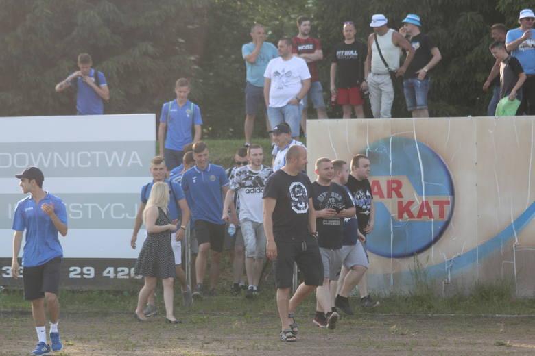 Hutnik Kraków - Orzeł Ryczów, kibice na meczu