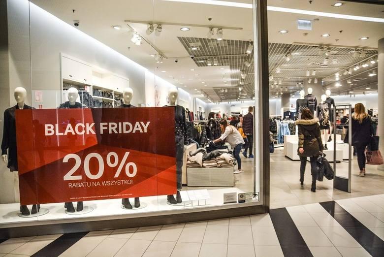 Black Friday 2019 wypada w piątek, 29 listopada. Z okazji czarnego piątku właściciele sklepów i producenci różnych marek przygotowali specjalne zniżki