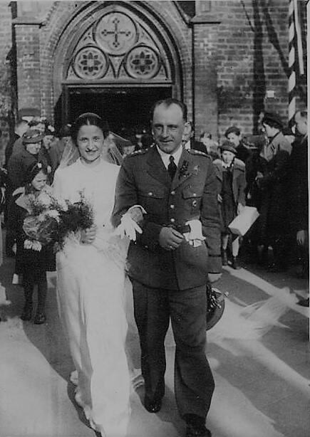 Halina Makówka biorąc udział w Powstaniu Warszawskim mogła pomścić męża, ojca i brata
