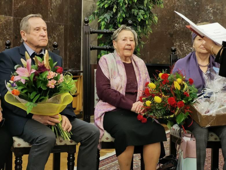 Chrzanów. Janina Przebindowska ma już 100 lat. Seniorka cieszy się dobrym zdrowiem i kondycją [ZDJĘCIA]