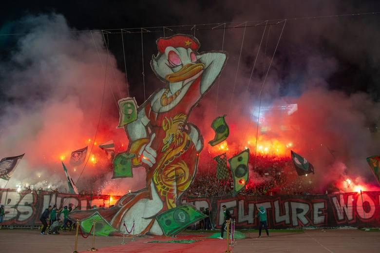 Serwis Ultras World co roku przygotowuje zestawienie 10 najlepszych ekip przygotowujących meczowe oprawy. W 2018 r. grupa Nieznani Sprawcy (Legia Warszawa)