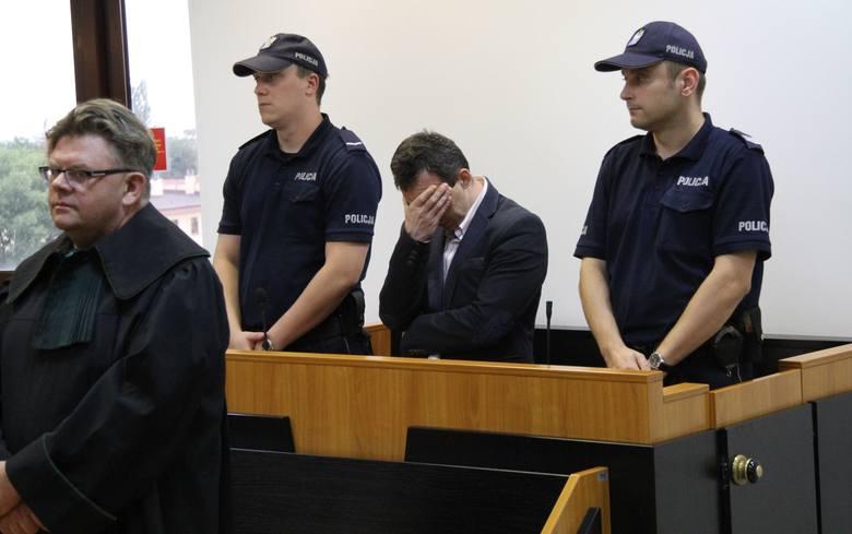 Wyrok: 12 lat więzienia dla wujka-pedofila [ZDJĘCIA]