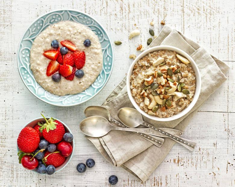 Duża część społeczeństwa odczuje ogromną korzyść ze spożycia dużego śniadania. Te dostarcza sporo energii, którą w ciągu dnia organizm dobrze zagospodaruje.