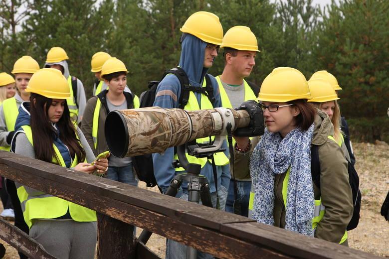 Tym razem uczestnicy projektu będą mieli okazję poznać ptaki żyjące na terenach pokopalnianych i poobserwować je za pomocą specjalistycznego sprzętu