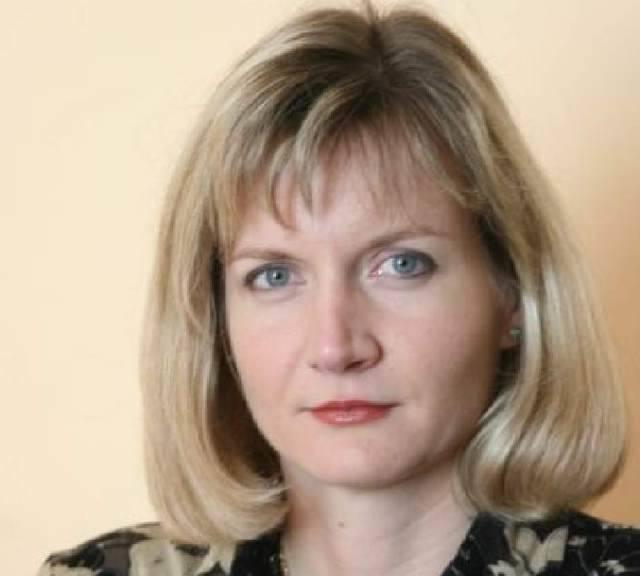 """Agata Jarosińska, adwokat, podczas dyżurów w """"Echu Dnia"""" udziela porad prawnych czytelnikom."""