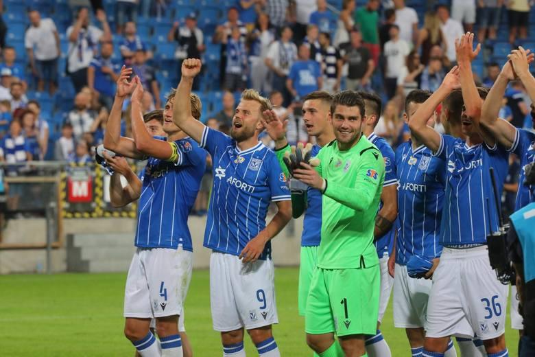 - Myślę jednak, że z każdym meczem ten zespół będzie potrafił coraz więcej - przekonywał po meczu z Koroną trener Lecha Poznań Dariusz Żuraw. - Szkoda