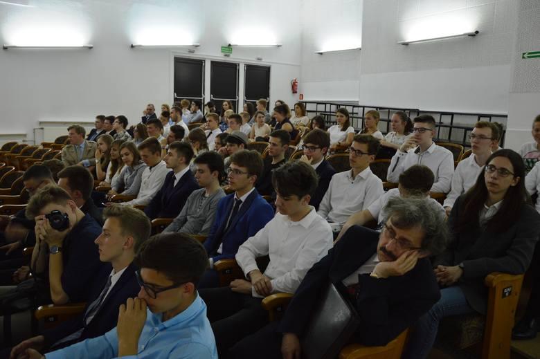 """Rozstrzygnięcie konkursu """"Matematyka bez Granic"""""""