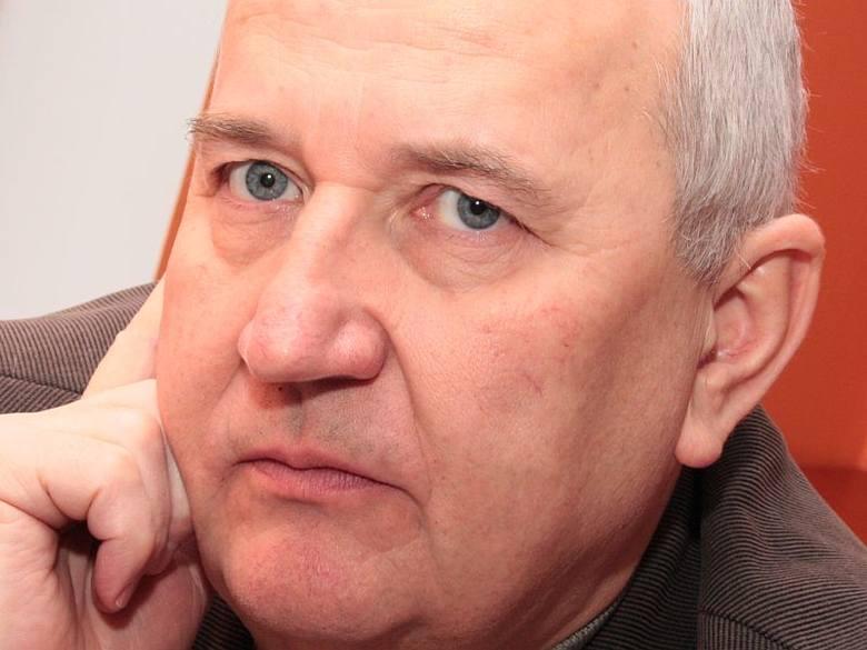 Eugeniusz Sawiński, przewodniczący opozycyjnego klubu radnych niezależnych; - Mam wiele zastrzeżeń do projektu statutu.