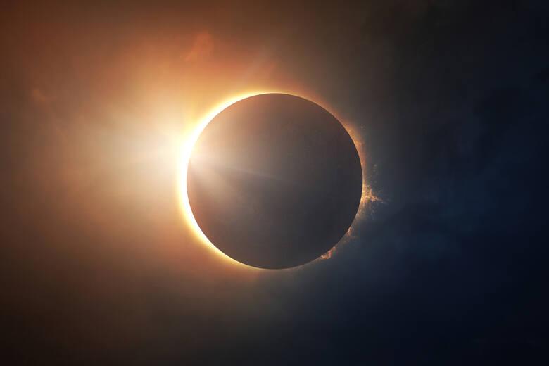 Zjawiskowe zaćmienie Słońca w czwartek 10 czerwca. Kto przegapił, może zobaczyć transmisję z Poznania [WIDEO]