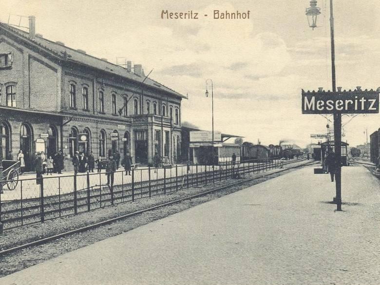 Dworzec kolejowy w latach 30. minionego wieku.