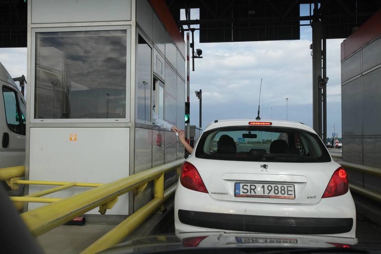 Na A4 w Sośnicy po nowemu od grudniaNa bramkach autostrady A4 w Gliwicach Sośnicy, Wrocławiu czy na A2 między Łodzią i Koninem od 1 grudnia 2021 roku