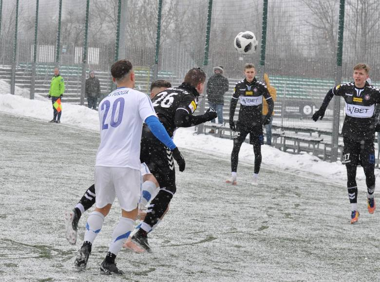Jak do rundy wiosennej przygotowują się Garbarnia, GKS Katowice, Stomil i Wigry?
