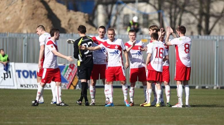 W sobotę piłkarze ŁKS zagrają w Pajęcznie.