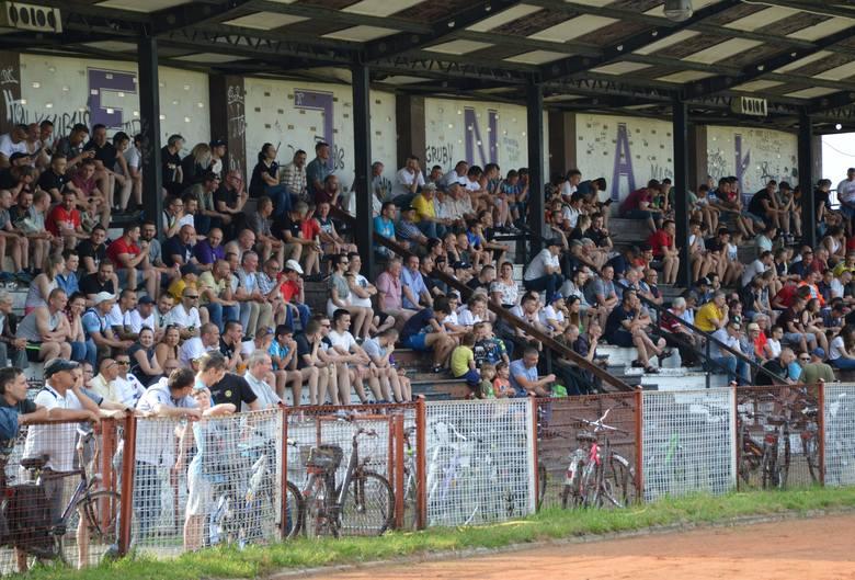 Mecz Hejnału Kęty z Gorzowem (1:1) w oświęcimskiej klasie A, obejrzało ponad 600 widzów!